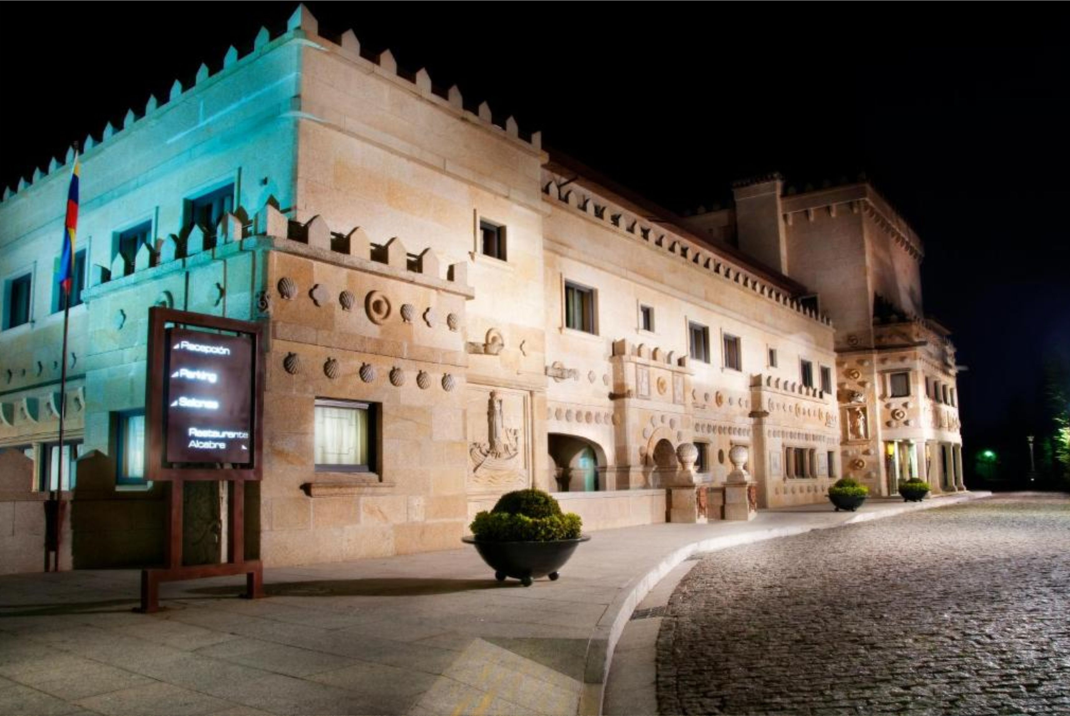 Hotel Pazo Los Escudos Spa & Beach 5*